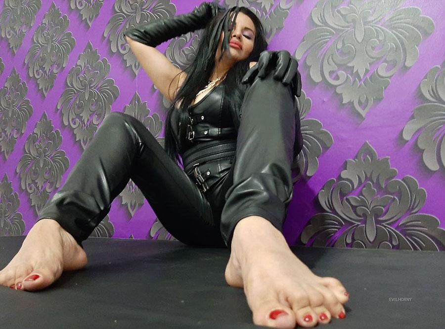 perverted latina mistress evilhorny